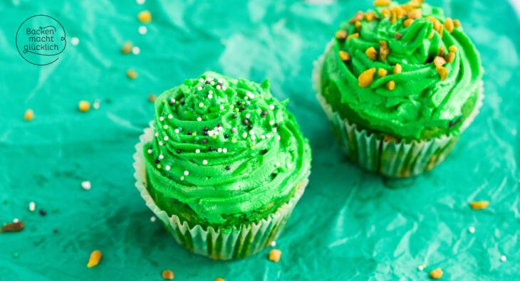 Cupcakes mit Waldmeister Topping
