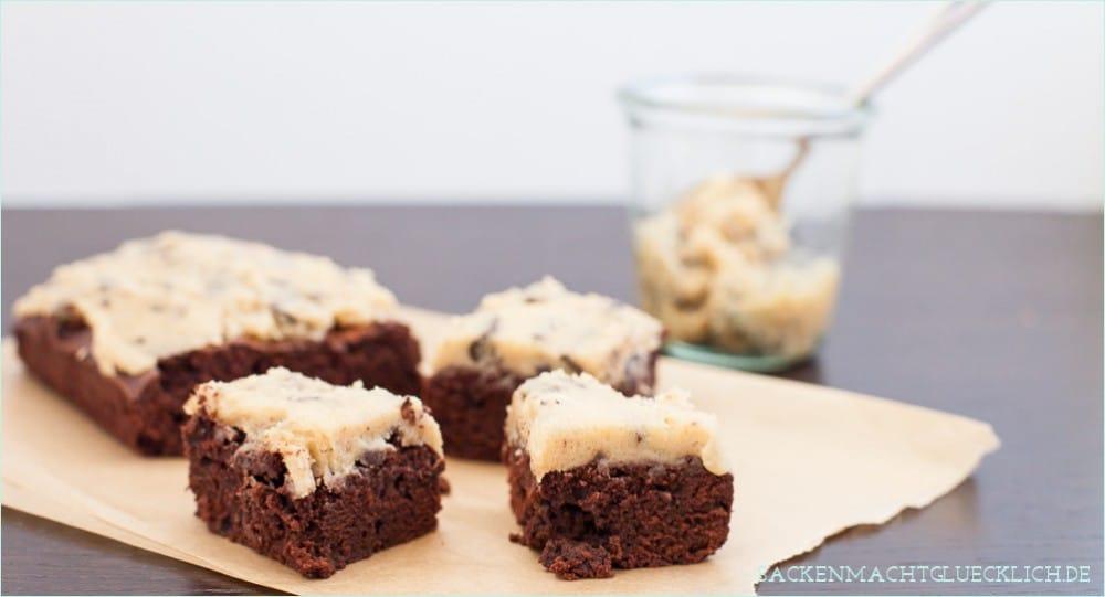 Chocolate Chip Cookie Dough Brownies | Backen macht glücklich