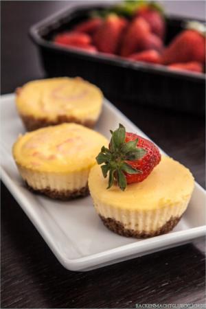 new york cheesecakes mit erdbeeren backen macht gl cklich. Black Bedroom Furniture Sets. Home Design Ideas