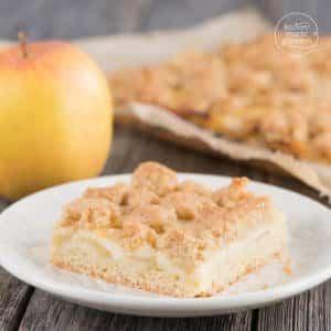 Apfel-Streuselkuchen mit Schmand