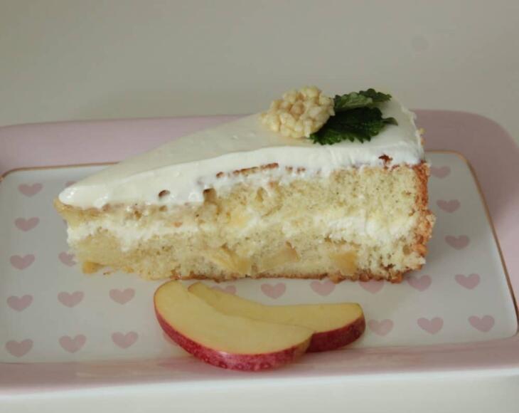 Apfel-Prosecco-Torte