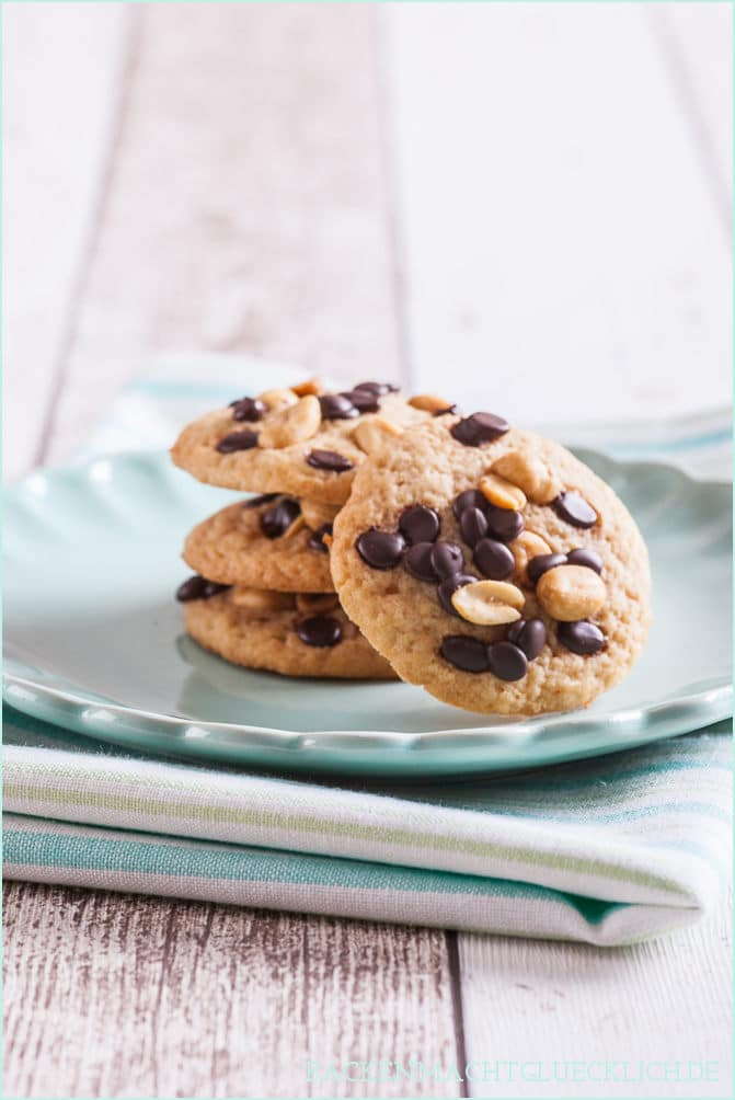 Chocolate-Peanut-Butter-Cookies