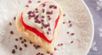 Muttertagsgeschenk backen kleine Herzkuchen