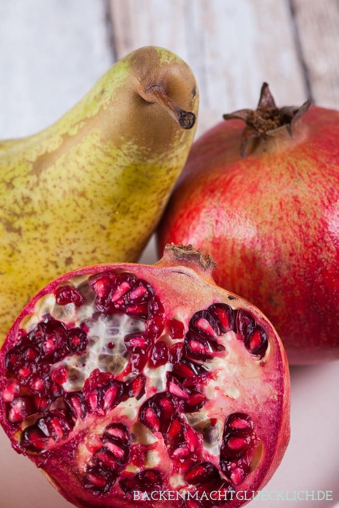Birnen-Granatapfel-Crumble