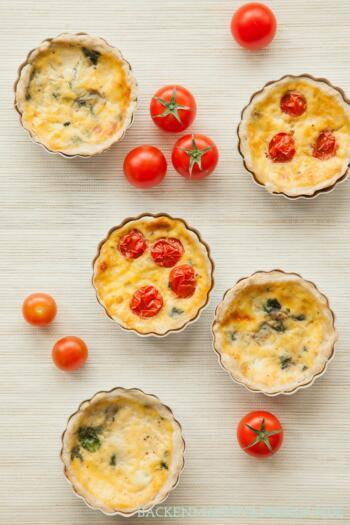 Herzhafte Tartelettes mit Käse und Spinat