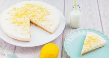 Kühlschrankkuchen mit Zitrone Buttermilch
