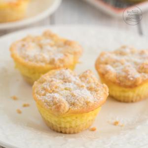 Käsekuchen Muffins mit Streusel