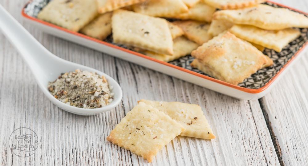 Selbstgemachte Cracker in 15 Minuten | Backen macht glücklich