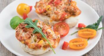Vegetarische Pizzabrötchen