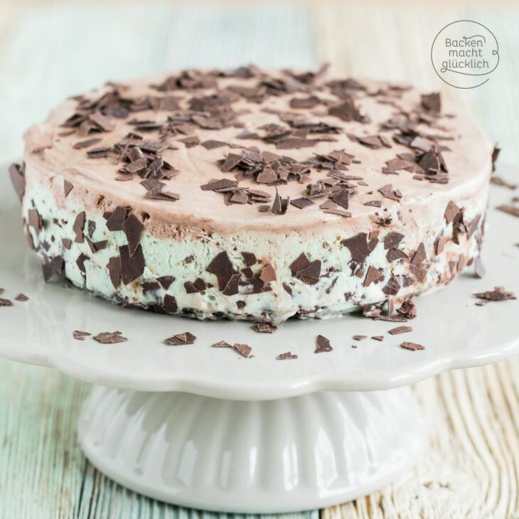 Schokoladen-Eistorte mit Minze