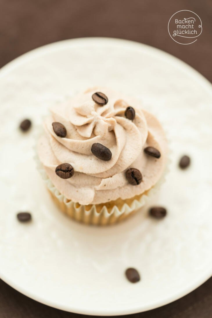 Tiramisu Muffins mit Mascarpone Topping