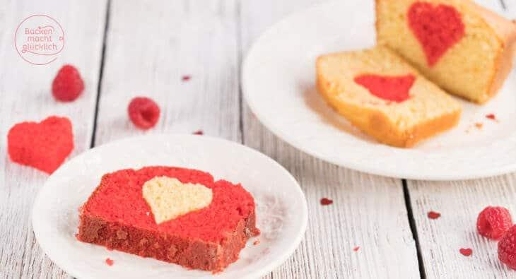 Einfacher Rührkuchen mit Herz Motiv