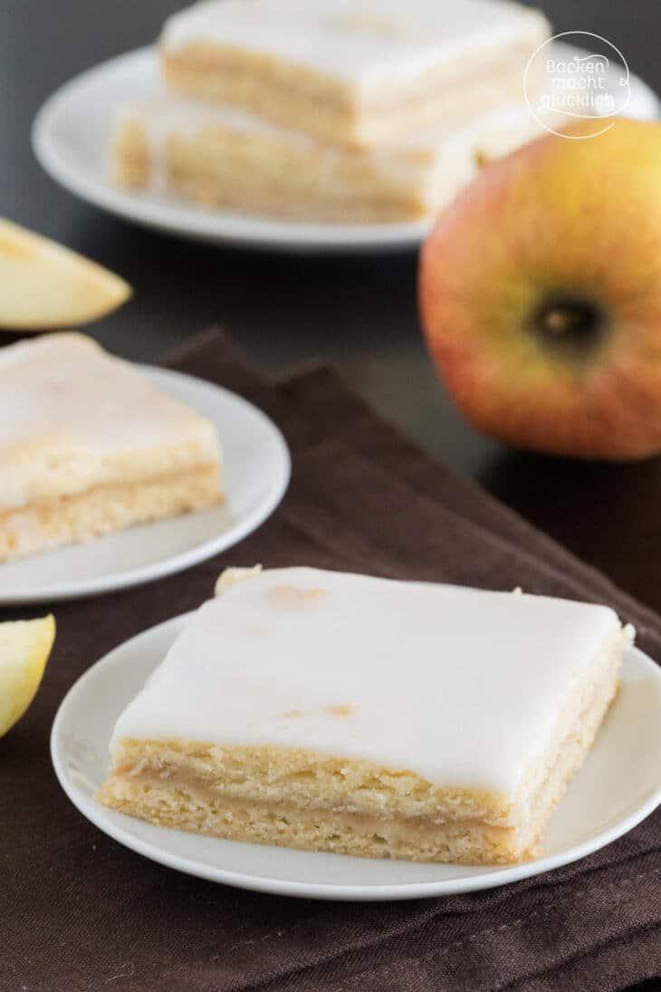Apfelmuskuchen mit Zuckerguss