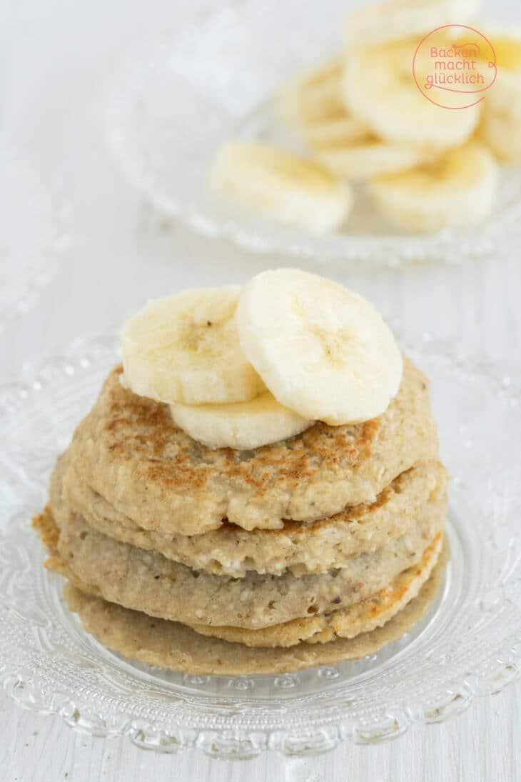 Gesunde Pancakes mit Haferflocken und Banane