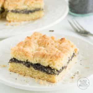 schneller Mohnkuchen mit Streuseln und Pudding