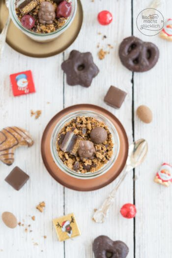 Weihnachtliches Dessert im Glas Tiramisu