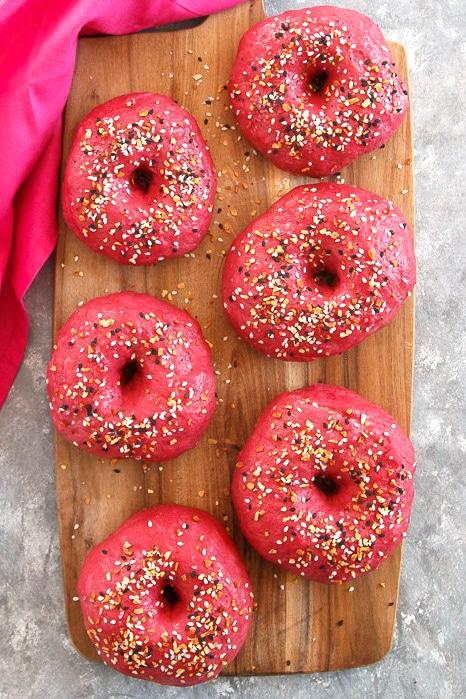 Rote-Bete-Bagels