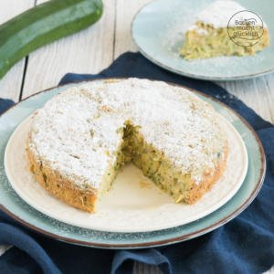 Kalorienarmer fettarmer Zucchinikuchen ohne Zucker