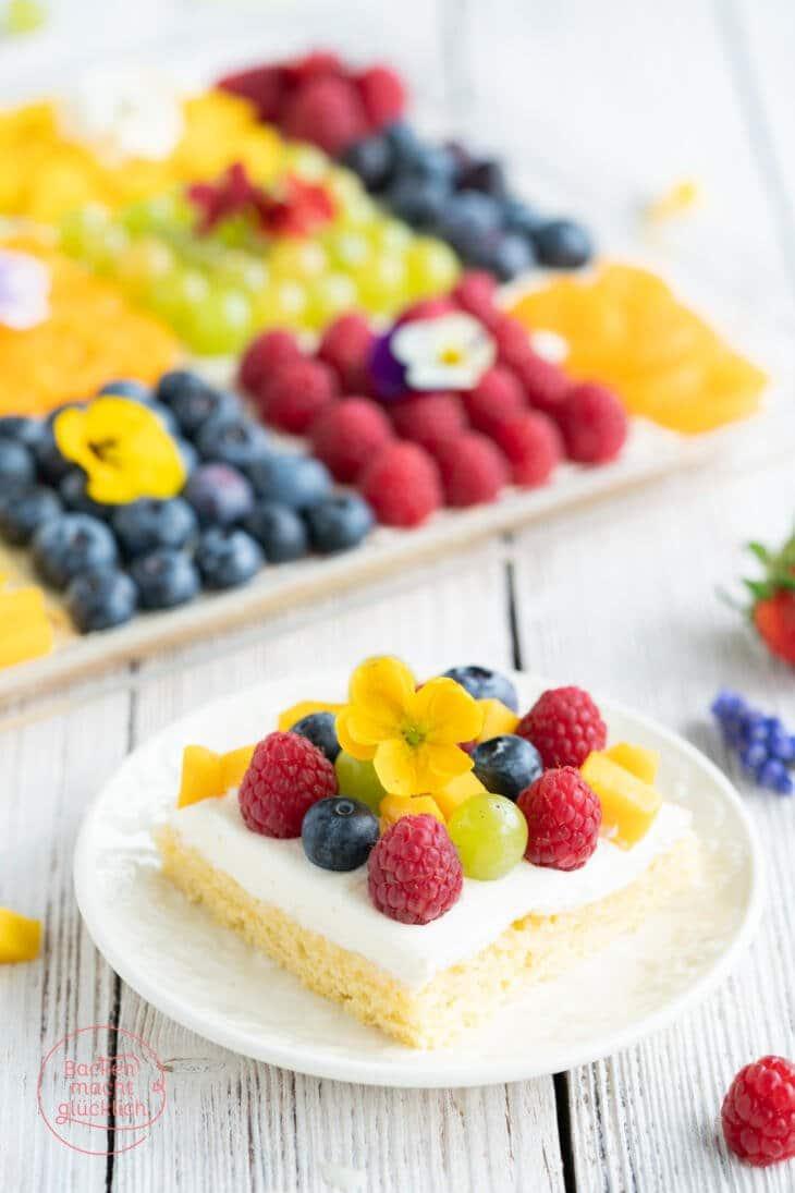 Gemischter Obstkuchen vom Blech