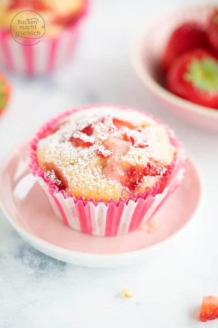 Erdbeermuffins mit weißer Schokolade