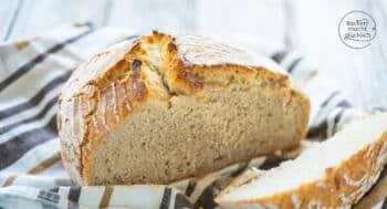 einfaches Weizenbrot mit Sauerteig