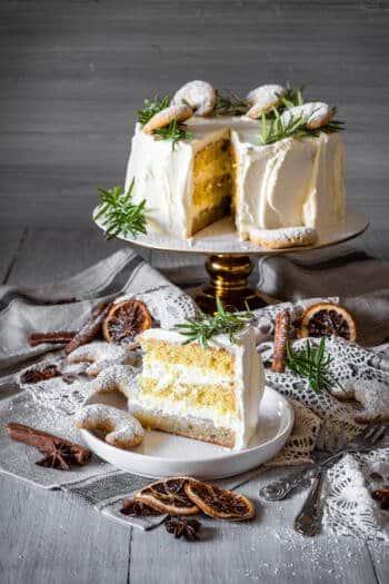 Vanillekipferl-Sahne-Torte