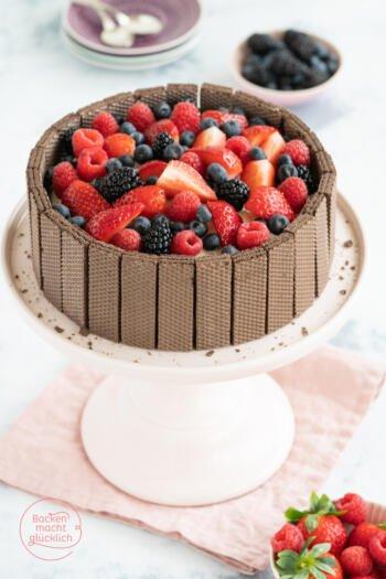 Schoko Beeren Torte Waffelrand