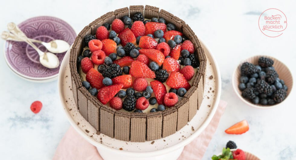 Schokoladentorte mit Beeren