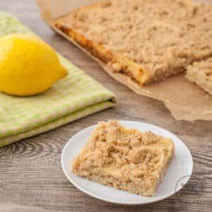Streuselkuchen mit Zitronencreme
