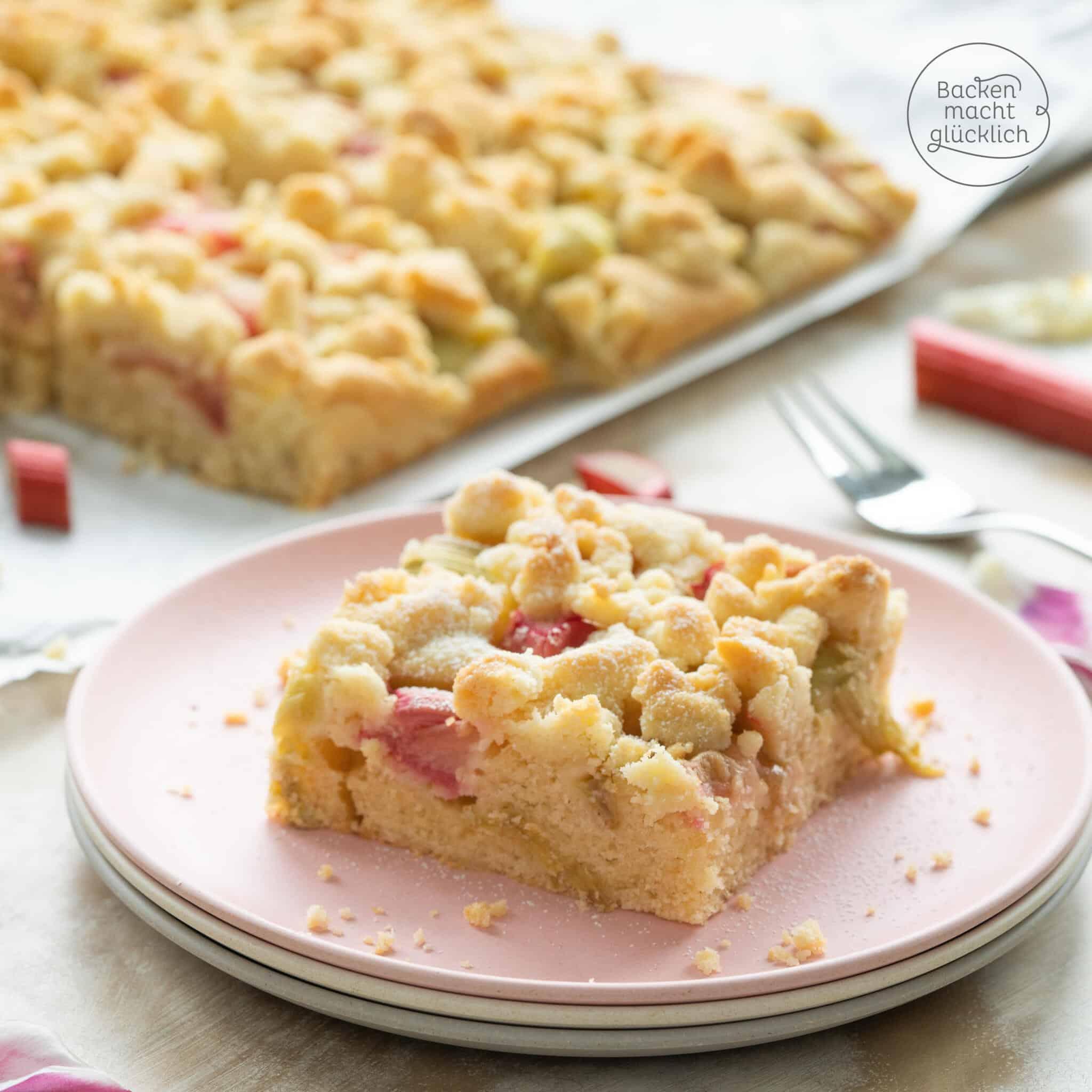 Rhabarberkuchen mit Streuseln