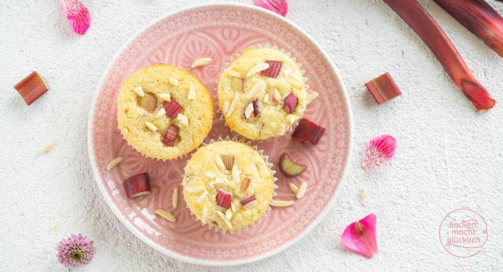 Rhabarber Muffins mit Buttermilch