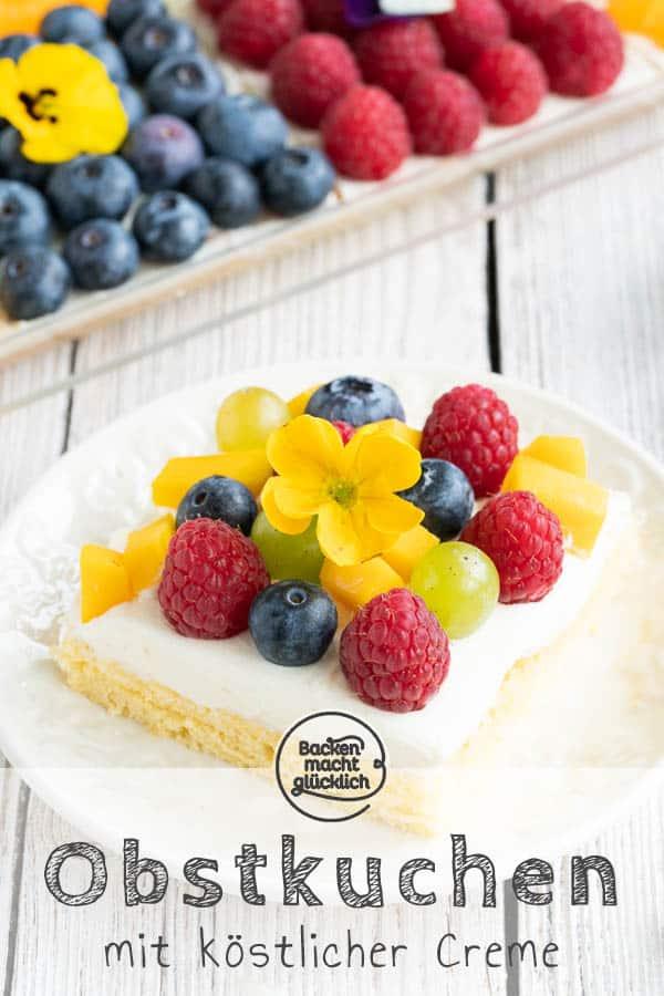 Diesen köstlichen Biskuit-Obstkuchen vom Blech mit bunten, frischen Früchten zu belegen macht richtig Spaß! Der gemischte Obstkuchen mit Quark ist ein köstlicher Hingucker und sorgt dabei für sommerliche Stimmung. #obstkuchen #obstkuchenboden #obst #biskuit #biskuitboden #sommer #backenmachtglücklich