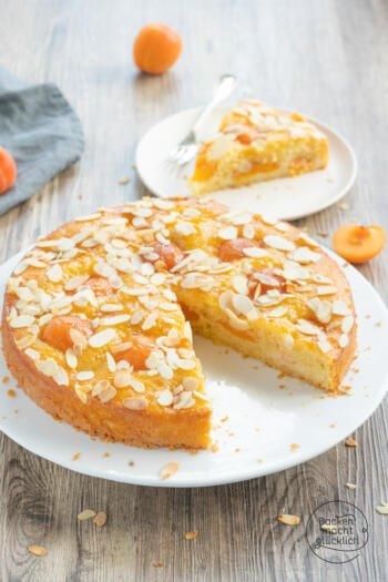 Aprikosenkuchen mit Rührteig