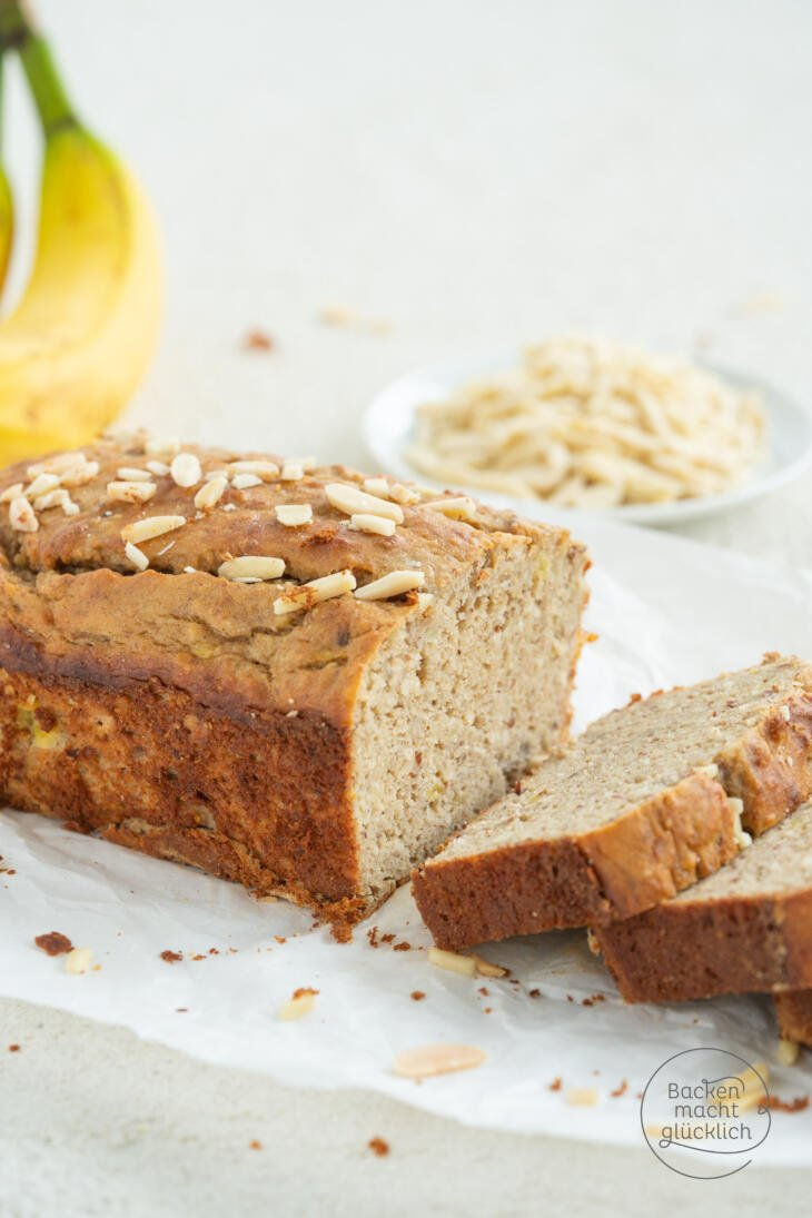 Saftiges Bananenbrot low carb