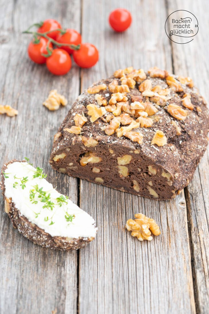 Low Carb Brot Walnussmehl