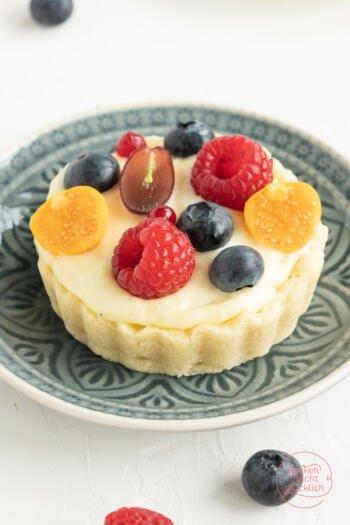 Obst-Tartelettes mit Vanillecreme