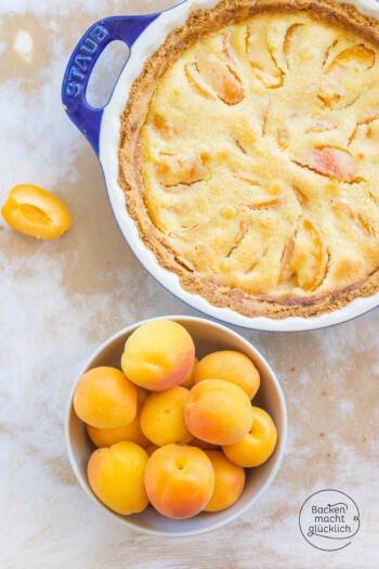 Tarte mit Aprikosen und Mandeln