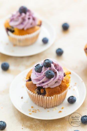 Cupcakes mit Heidelbeeren